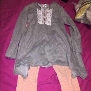 Peaches n cream outfit size 8